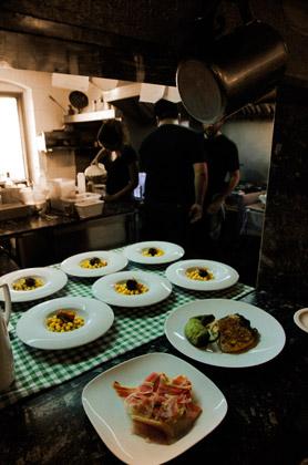 cocina-platos-turo